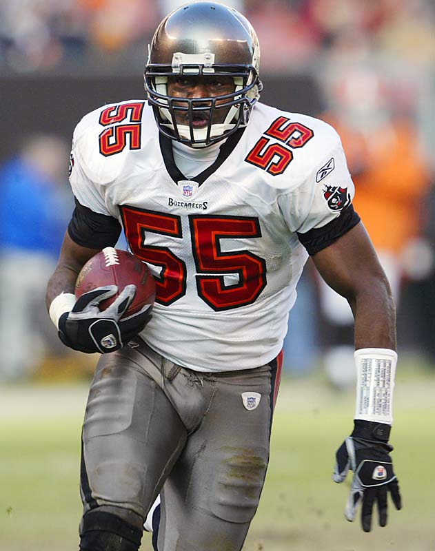 6 ... Derrick Brooks' 21-yard interception return for a touchdown in the Buccaneers' win over the Browns was the sixth of his career, breaking the NFL record for career INT returns for touchdowns by a linebacker. He had been tied with Charley Brock (1937-47 with Packers), Mike Lucci (Browns 1962-63, Lions 1965-73) and Rod Martin (Raiders 1977-88). Only 16 players in NFL history have more career INT returns for touchdowns, and all were defensive backs.