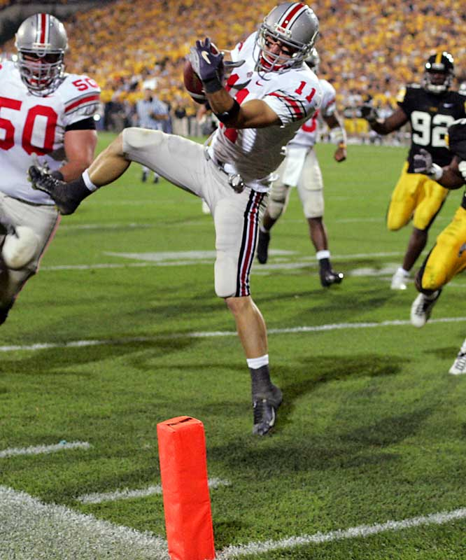 In what is supposed to be a big test on the road for the Buckeyes, Ohio State rolls past then-No. 12 Iowa. Anthony Gonzalez leads the offensive assault, catching five balls for 77 yards and two touchdowns.