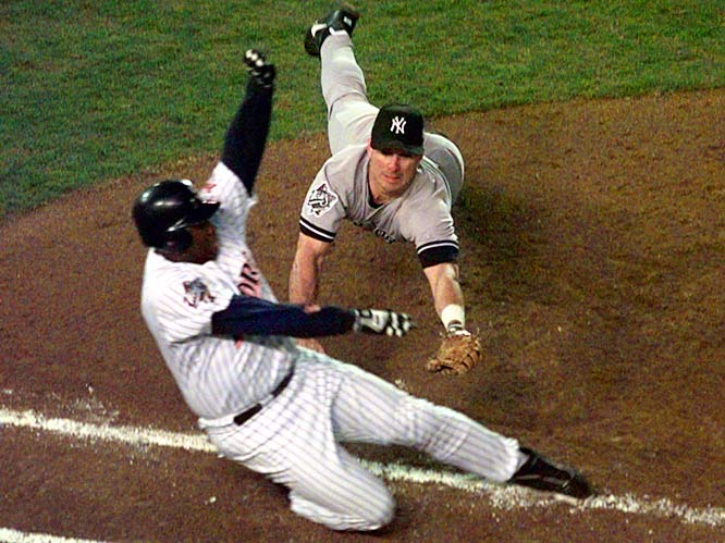 Gwynn batted .500 (8-for-16) in the 1998 World Series against the Yankees, but the Padres lost in four games.