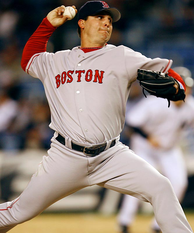 Cleveland, with a big-league worst 24 saves in 2006, is taking a chance on Keith Foulke. He was lights out as the closer for the 2004 Red Sox, but he's battled knee, back and elbow injuries -- and Boston fans -- ever since.