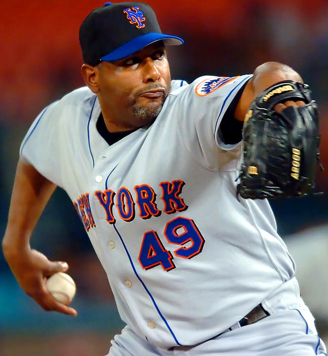 Roberto Hernandez has 326 career saves in a 16-year career. The 42-year-old split time last year between the Mets and Pirates, and figures to be a set-up man for the Indians in '07.