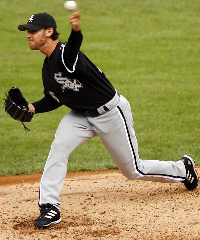 Neal Cotts had a 1.94 ERA and gave up one homer for the 2005 World Series champion White Sox. He gave up 12 dingers last year, in six fewer innings. The Cubs traded for him anyway, hoping a late-season swoon corrects itself.