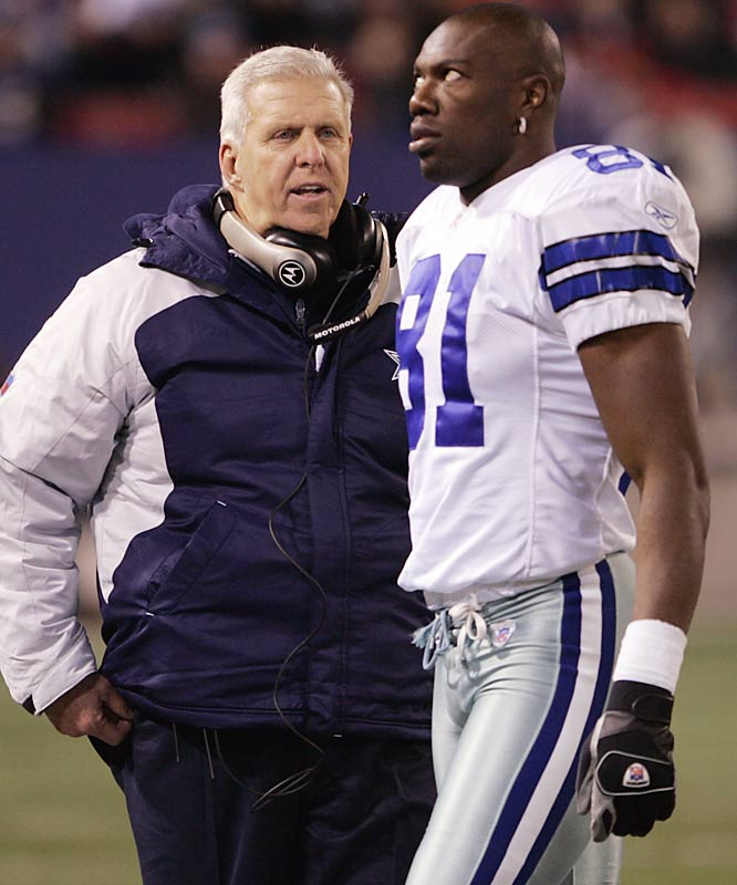 Parcells exchanges words with Terrell Owens during a 23-20 victory over the Giants. Many expected the Parcells-Owens relationship to be frosty, but the controversial receiver caught 85 passes for 1,180 yards and 13 TDs for Dallas.