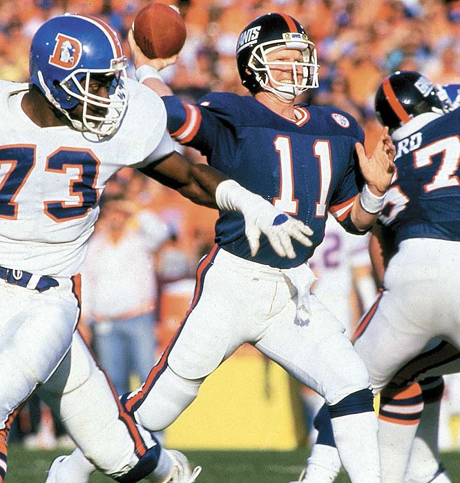 Simms set a Super Bowl record with 10 straight completions and finished the game 22-for-25 for 268 yards and three touchdowns in the Giants' 39-20 victory over the Broncos.