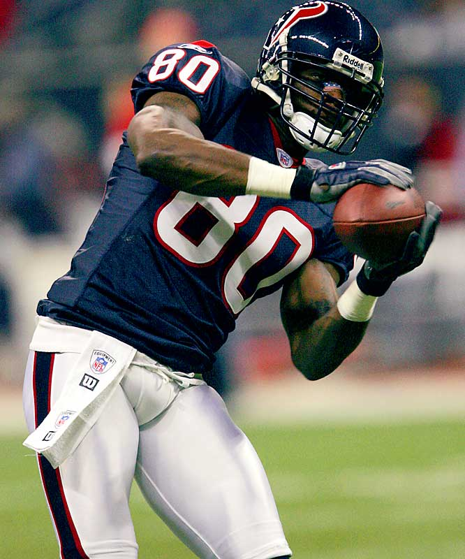 11.1 ... Andre Johnson of the Texans led the NFL with 103 catches, but his average of 11.1 yards per catch was second-lowest in NFL history by a player with 103 or more receptions. The only lower average by a player with 103 or more receptions was Cris Carter's 10.3 average in 1994 for the Vikings.