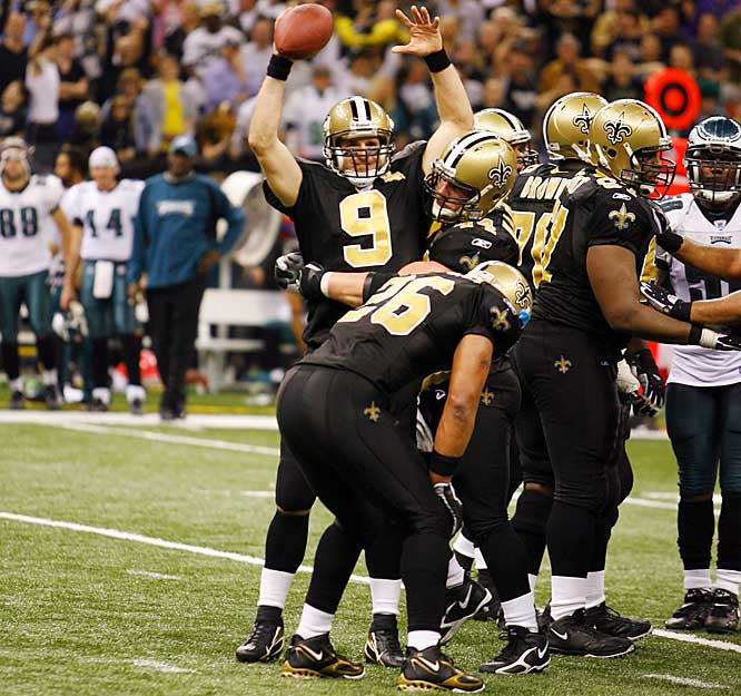 27-24 ... The Saints became the first team in NFL history to beat a team in the postseason by the same score they beat that team in the regular season. The Saints defeated the Eagles twice by a 27-24 score.