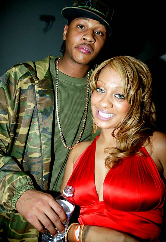 Carmelo Anthony and his fiancee, La La Vázquez , take a second to pose for the camera.