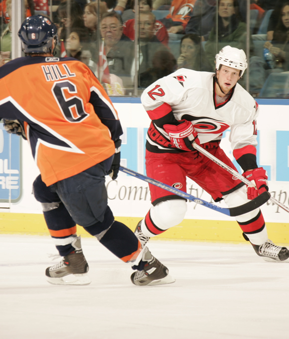 During the 2005-06 season, Staal led the Hurricanes in goals (45), assists (55), points (100) and shots (279).