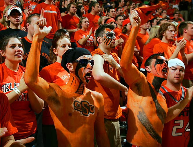 Kudos to these OSU fans for their vampire-meets-basketball-fan look.