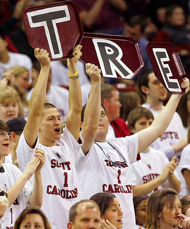 South Carolina fans hold up trays for Tre Kelley, who scored 28 points in the Gamecocks' 76-63 victory over Mississippi.