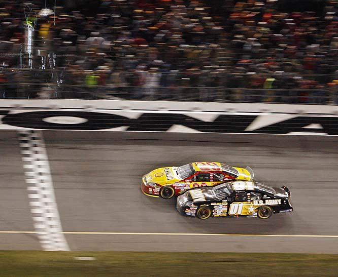 Kevin Harvick surged past Mark Martin to give Martin his 23rd empty trip to Daytona.