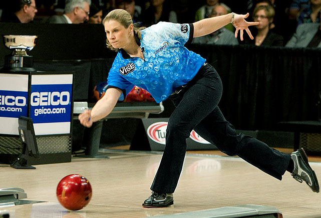 "Kelly Kulick of Union, N.J., won the 45th Professional Bowlers Association Tournament of Champions on Jan. 4, 2010 at Red Rock Lanes, becoming the first woman to win a PBA Tour tournament.  She defeated 2007-08 PBA Player of the Year Chris Barnes 265-195 in the championship match to win a $40,000 first prize in PBA's signature event.  Kulick went on to win the United States Bowling Congress Queens and Women's U.S. Open titles, plus the PBA Women's World Championship, for four consecutive ""major"" championships. No woman had ever before won the Queens and Women's U.S. Open in the same season."