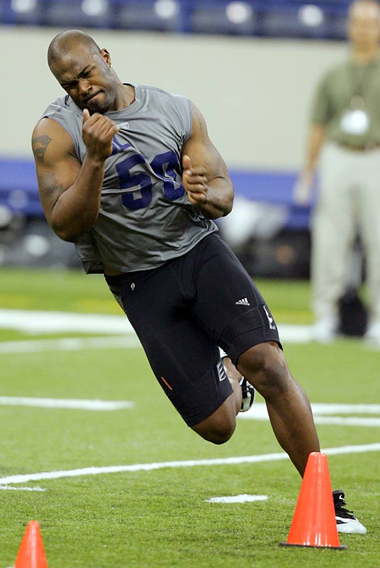 In 2006, Williams turned in an all time great workout at the combine.  He timed 4.75 seconds in the 40, completed 35 reps on the bench and topped the vertical jump at 40.5 inches. His marks were part of the reason the Houston Texans shocked many by selecting him over Reggie Bush.