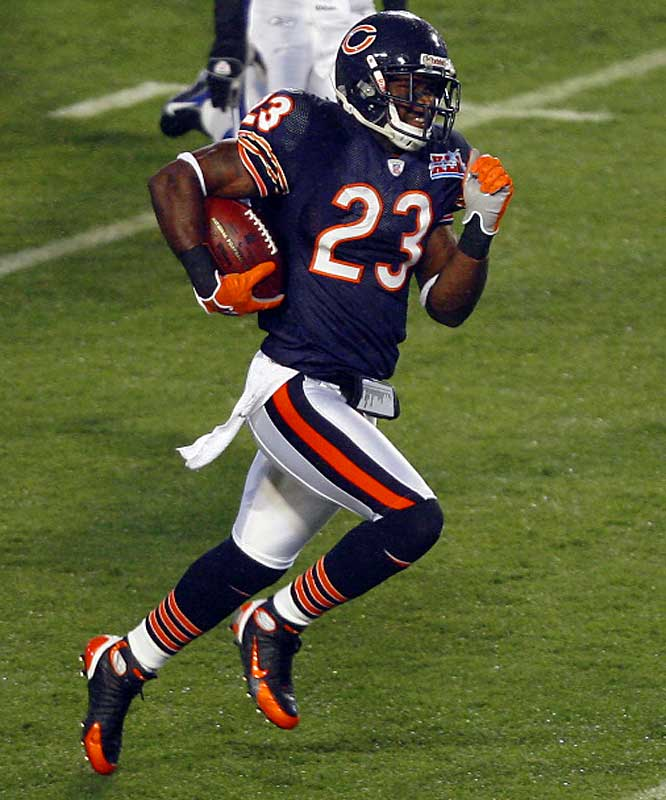 The Bears addressed a glaring weakness, punt returns, by taking Devin Hester in the second round. Hester went on to set the NFL record for touchdown returns and ran the opening kickoff back for a touchdown in the Super Bowl. Chicago also took starting safety Danieal Manning and defensive end Mark Anderson, who had 12 sacks in 2006.