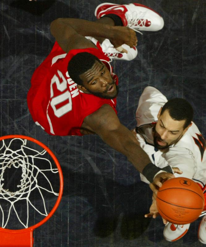 The Buckeyes (29-3) enter the NCAAs as one of the favorites after winning the Big Ten regular season and conference tournament titles. Beware of dominating 7-foot freshman Greg Oden on both ends of the floor.