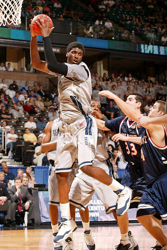 Roy Hibbert and Georgetown had little trouble in storming to an 80-55 victory over Belmont in the first round.