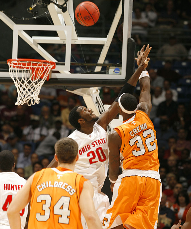 Greg Oden goes up for a block against Tennessee's Duke Crews. The Buckeyes advance to a showdown with No. 2 Memphis.