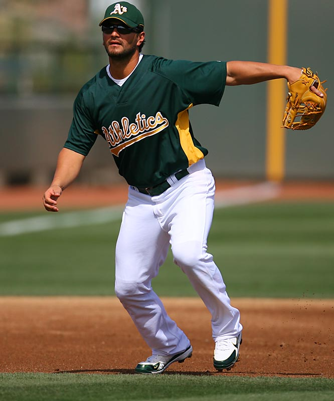 Six-time Gold Glove winner Eric Chavez prepares to make a play on a ball.