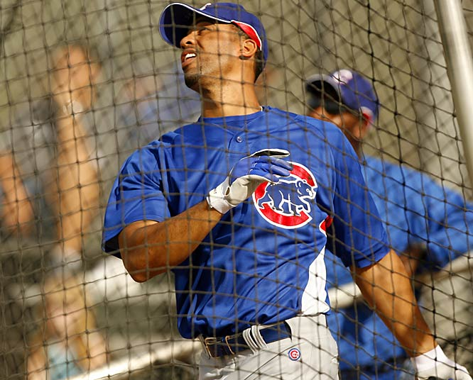 All-Star first baseman Derrek Lee looks to bounce back from an injury-plagued 2006 season.
