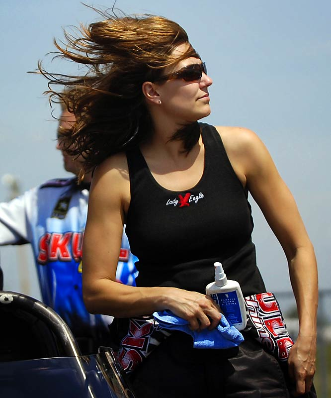 Named the Sportswoman of the Year by Billie Jean King's Women's Sports Foundation, Troxel won two Top Fuel events last season and led the POWERade Series point stands through the first 12 races. She was nominated for two ESPY awards in 2006 (best driver and best female athlete).