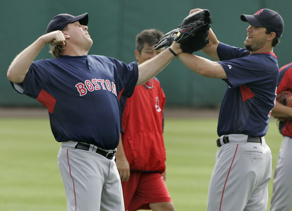 Josh Beckett (right) just told Curt Schilling that his new blog stinks.