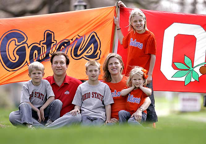 The Sugar family of Columbus, Ohio, have split loyalties when it comes to their college team. The males support Ohio State while the females are Gator lovers.