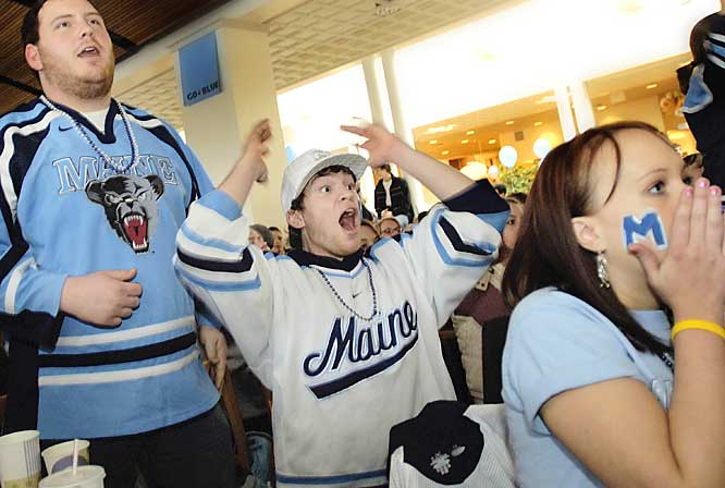 Maine college hockey fans anxiously watch their Black Bears in action against Michigan State on Thursday.