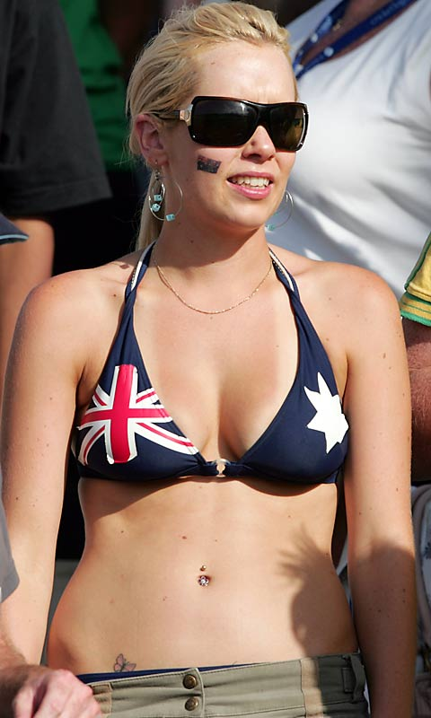 And a cricket fan who pulls off the look just a little bit better.