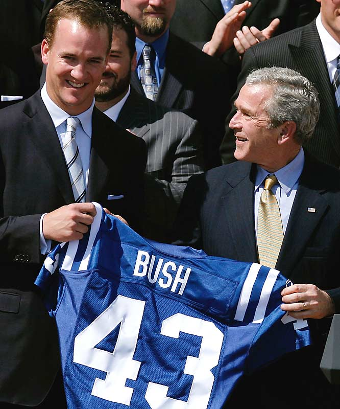 George Bush welcomed the Super Bowl champion Indianapolis Colts to the White House earlier this week. He later asked Peyton Manning for advice on how to win.