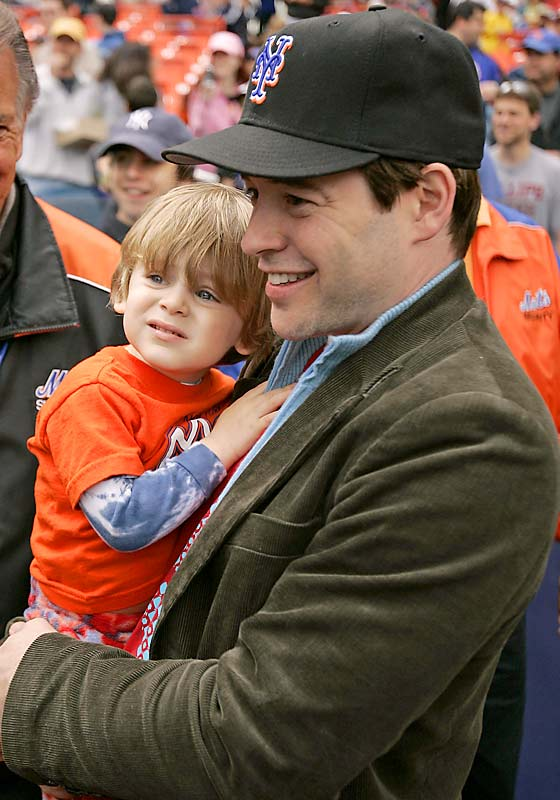 Matthew Broderick introduces his son to Mr. Met, as little James tries to make sense of a giant baseball with limbs.