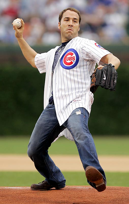 Jeremy Piven puts on his serious face before pitching for the Cubs.