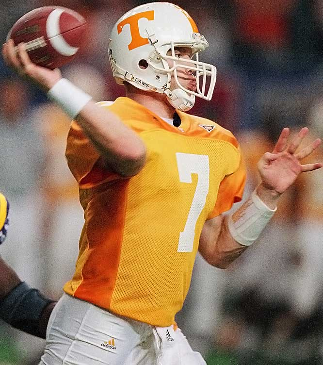 Clausen took over the starting job at midseason and went undefeated as the Vols' No. 1 signal caller in the regular season before losing to Kansas State in the Cotton Bowl. He set a UT freshman record with 1,473 yards passing.