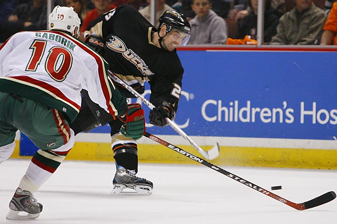 Defenseman Francois Beauchemin scored a pair of power play goals for the Ducks.