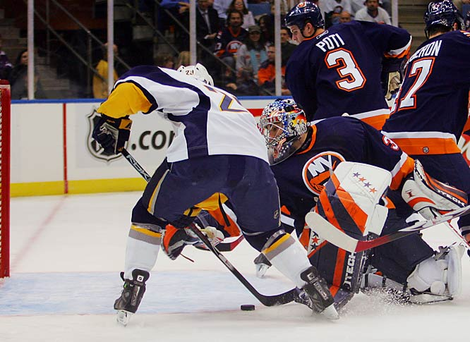 Chris Drury had his second two-goal game of the series, scoring twice on the Isles Rick DiPietro to help the Sabres take a 3-1 lead in the series.