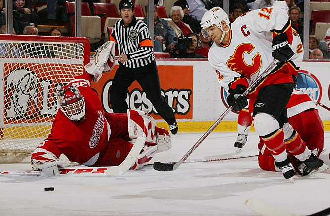 Dominik Hasek stopped 19 of 20 shots, none of which came from Calgary's leading scorer, Jarome Iginla.