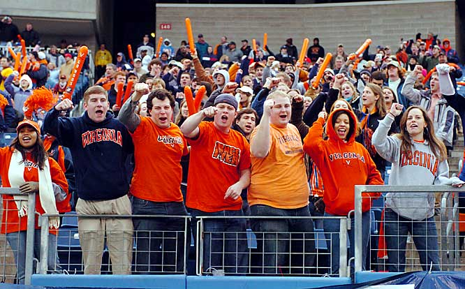 These fans enjoyed their front row view of the Cavaliers 34-31 victory over Minnesota in the 2005 Gaylord Hotels Music City Bowl in Nashville.