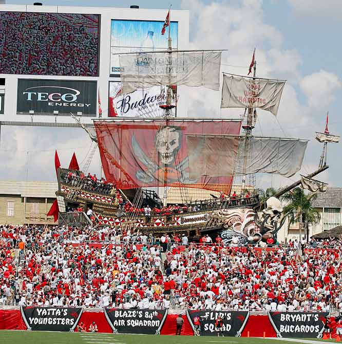 The 103-foot long pirate ship in the north end zone features a cannon that fires footballs and confetti when the Bucs score. Surrounding the ship is a concessions area that is supposed to resemble an old fishing village.