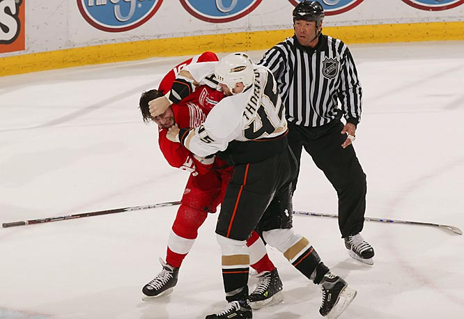 Ducks forward Scott Thornton appeared to have had enough of defenseman Danny Markov's tight coverage when the two dropped the gloves late in the second period.