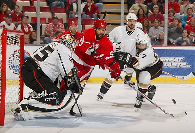 Todd Bertuzzi and The Detroit Red Wings had plenty of chances to score, but couldn't get the puck past Ducks netminder Jean-Sebastien Giguere, who made 36 saves and improved to 12-1 after regulation in the playoffs.