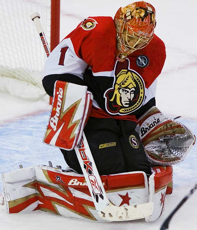Ray Emery stopped 25 shots for his second playoff shutout to help the Senators take a 2-1 series lead over the Devils.