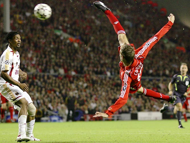 After qualifying for the '07 Champions League by bouncing Israeli power Maccabi Haifa, Liverpool made quick work of its opponents in the group stage: Galatasaray, PSV Eindhoven and Bordeaux. Peter Crouch got his European campaign off to a flying start -- he netted four of his club-record-tying seven goals in a single European Cup campaign in these six matches, including this memorable scissor-kick strike against Turkish side Galatasaray -- to propel the Reds to the top of Group C with 13 points.