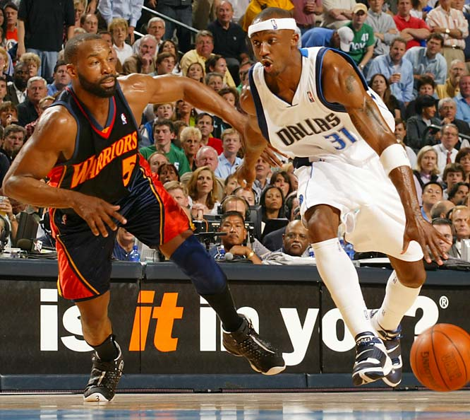 Jason Terry had a decent series offensively, but he and the Mavs' other perimeter defenders had no answer for Baron Davis, who expertly orchestrated a Warriors offense that averaged 105.2 points on 46.4 percent shooting.