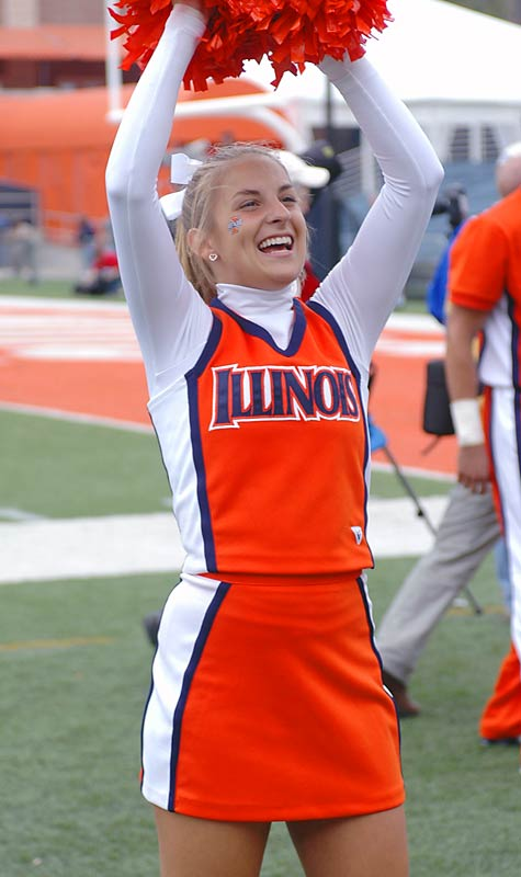 Meet Kelli, a soon-to-be sophomore and proud member of the Illinois cheer squad. When she's not cheering on her Fighting Illini, Kelli likes to watch <i>Grey's Anatomy</i> and lift weights. Wanna learn more about Kelli? Click on the 20 Questions link below.