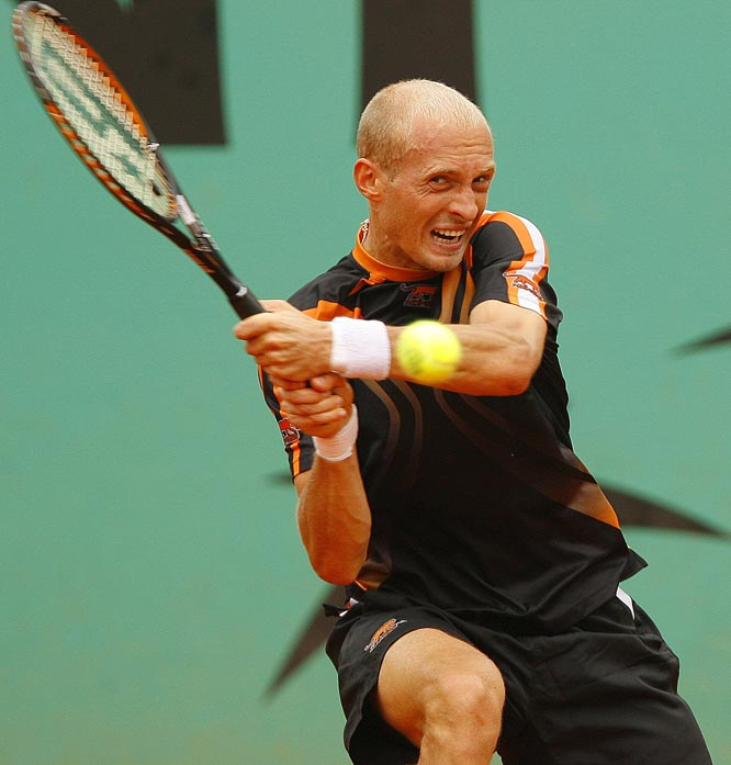 Davydenko finished 3-for-17 on break-point chances and committed 53 unforced errors.