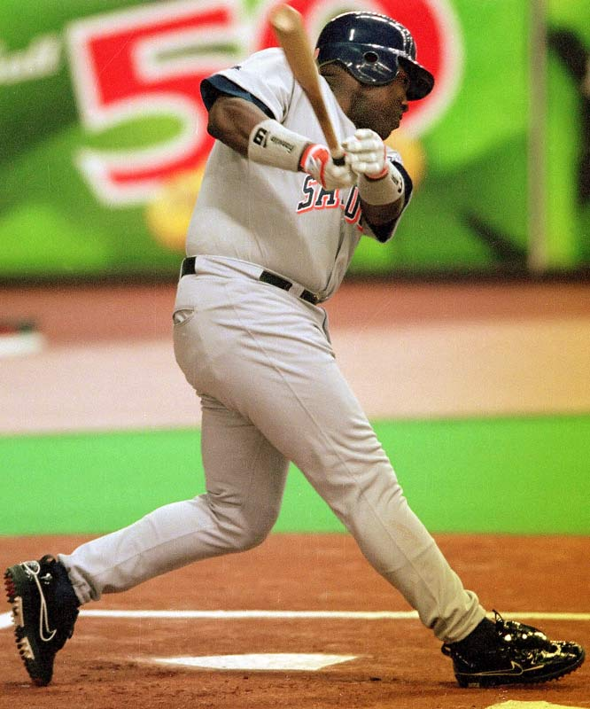 Tony Gwynn became the 22nd member of the 3,000-hit club on Aug. 6, 1999, with a single off Montreal's Dan Smith at Olympic Stadium. An eight-time batting champion, Gwynn is the only player to collect No. 3,000 on foreign soil.