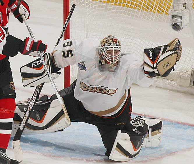 Acquired from Calgary for a second-round draft pick in 2000, the 2003 Conn Smythe-winner had another stellar season (36-10-8, 2.26 GAA, .918) and nearly duplicated his award-winning effort by going 13-4, 1.97 in the playoffs.