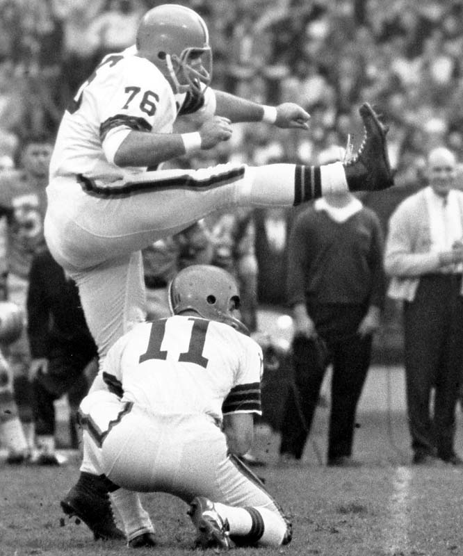 You have to love a kicker who is nicknamed The Toe and wears a lineman's number. Groza played 21 seasons, mostly with the Browns, and led the NFL in field goals five times. <br><br>Runner-up: Marion Motley<br><br>Worthy of consideration: Rosey Grier, Orlando Pace.