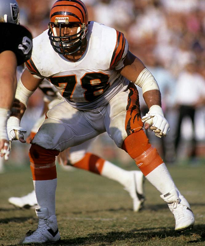 The dominant offensive tackle of his era, Munoz played 13 seasons for the Bengals (1980-92) and was elected to the Pro Bowl 11 straight times.  <br><br>Runner-up: Art Shell.<br><br>Worthy of consideration: Bobby Bell, Bruce Smith, Jackie Slater.