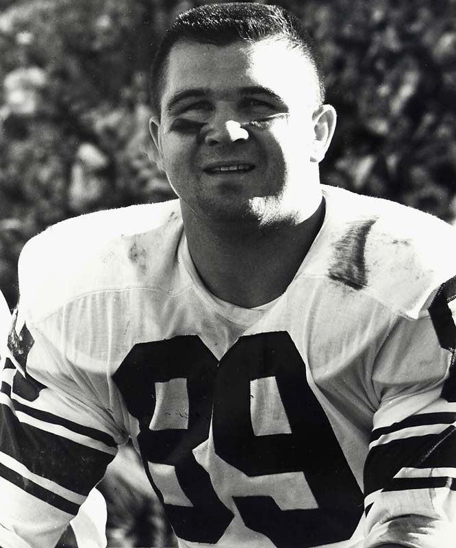 Hardnosed tight end helped revolutionize his position by making a then-record 75 receptions for the Bears in 1964. The five-time Pro Bowl pick was the first tight end inducted into the Pro Football Hall of Fame.<br><br>Runner-up: Gino Marchetti.