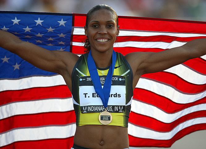 2003 world champion Torri Edwards displayed an impressive return to form in the women's 100m. At age 30, the 2003 U.S. 100 and 200 champion led from start to finish, winning in 11.02.